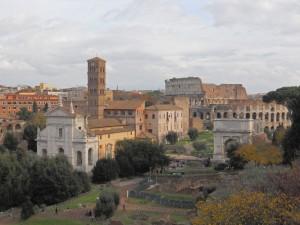 Foro Romano centro de la vida civil en la Antigua Roma