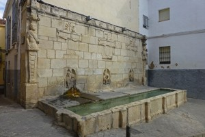 Fuente de los Caños en el límite de la Judería de Jaén
