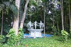 Fuente de las Musas en el Cabaret Tropicana de La Habana