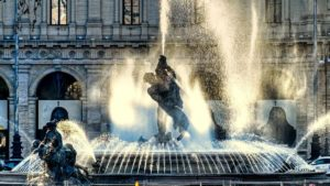 Fuente de las Náyades en la Plaza de la República