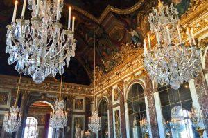 Galería de los Espejos, la estancia más destacada del Palacio de Versalles