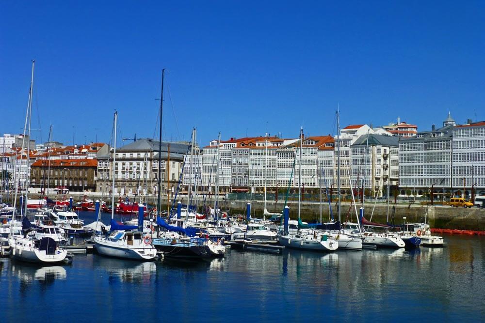 Ciudad De Cristal Galerías De La Coruña O Galerías De La Marina