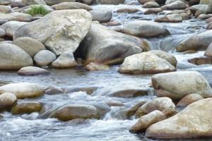 Corriente de agua de las Gargantas de La Vera