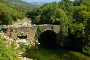 Garganta y Puente de Cuartos, en Losar de la Vera