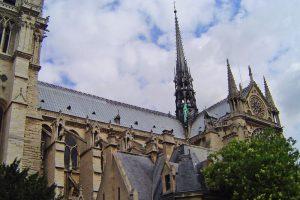 Detalles góticos de la Catedral de Notre Dame