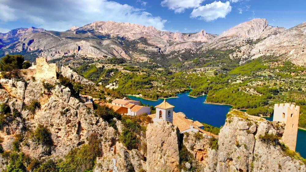 El Castell de Guadalest, uno de los pueblos más bonitos de España