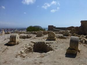Runas conservadas en el Castillo de Santa Bárbara, historia de Alicante