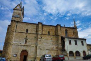 Iglesia de Santa Cecilia, principal edificio religioso de Espinosa de los Monteros