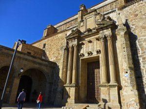Convento de Santo Domingo, actual Parador de Turismo de Plasencia