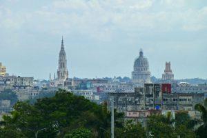 Torre campanario de la Iglesia de Reina, la más alta de Cuba