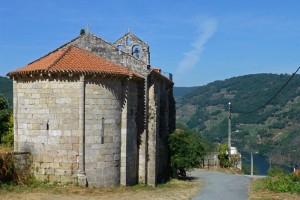Iglesia de San Martiño da Cova en el municipio de O Saviñao, qué ver en la Ribeira Sacra