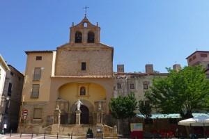 Iglesia de San Pedro junto al Convento de las Ursulinas en Molina de Aragón