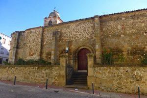 Entre las iglesias más antiguas de Plasencia está la Iglesia de San Pedro