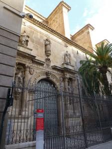 Portada de la Iglesia de San Esteban, edificios religiosos de Murcia
