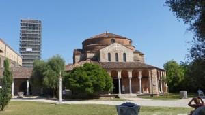 Iglesia de Santa Fosca y torre campanario en Torcello