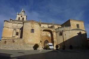 Iglesia de Santa María Magdalena en la Plaza Mayor de Torrelaguna