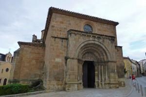 Portada de la Iglesia de San Juan de Rabanera, iglesias de Soria
