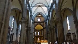 Interior de la Catedral de Santa María del Fiore, de aspecto más bien sobrio