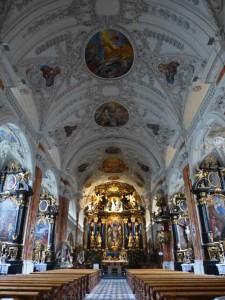 Interior de la Colegiata Wilten, una de las iglesias de Innsbruck
