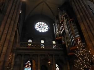 Vidrieras y órgano de la Catedral de Friburgo de Brisgovia