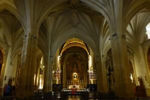 Interior de la Basílica de San Ildefonso en Jaén