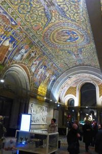 Interior Iglesia Memorial Kaiser-Wilhelm