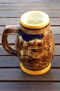 Jarra de cerveza de cerámica