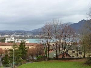 Lago de Annecy, en sus orillas ha habido asentamientos humanos desde la prehistoria