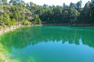 Color azul verdoso de la Laguna de la Gitana