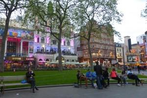 Cines y teatros rodeando Leicester Square