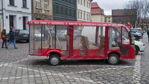 Melex ,uno de los medios de transporte más pintorescos para moverse por Cracovia