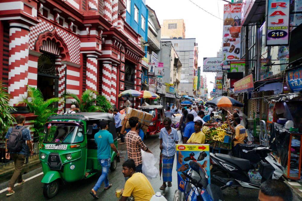 Calles de Pettah, uno de los barrios más tradicionales de Colombo