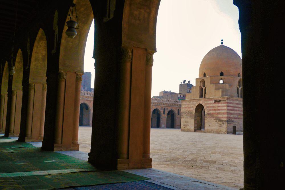 Mezquita de Ibn Tulun, la más antigua de El Cairo
