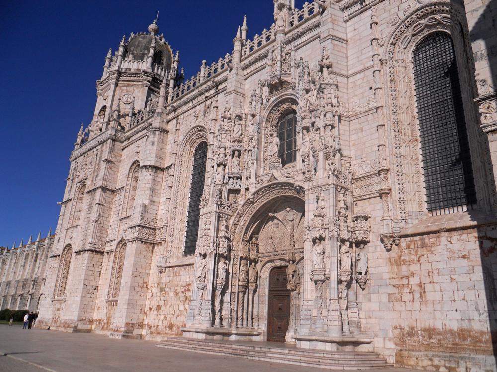 Portada lateral del Monasterio de los Jerónimos