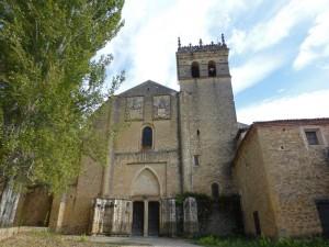 Fachada principal del Monasterio de Santa María del Parral en Segovia