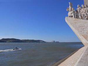 Monumento a los Descubrimientos a orillas del río Tajo