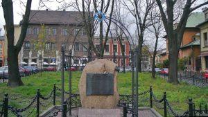 Monumento del Holocausto Judío en la Plaza Szeroka del barrio Kazimierz