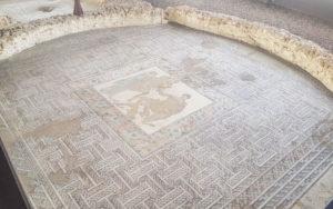 Mosaico de Briseida y Aquiles en la Casa de Materno