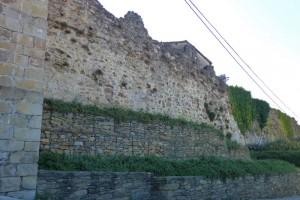 Restos de la muralla de Monforte de Lemos