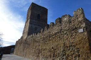 Torre del Castillo de Buitrago del Lozoya integrada en la muralla