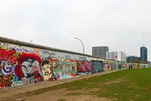 Restos que aún se conservan del Muro de Berlín