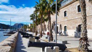 Museo Naval de Cartagena junto al puerto