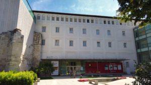 Museo Patio Herreriano de Arte Contemporáneo en el Monasterio de San Benito
