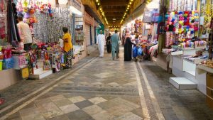 Interior del Zoco de Mutrah, el epicentro de las compras en Mascate