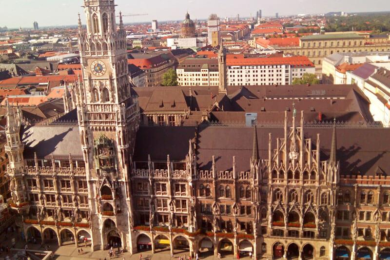 Nuevo Ayuntamiento de Múnich y Antiguo Ayuntamiento de Múnich