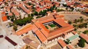 Palacio de Juan II o Monasterio de Santa María de Gracia