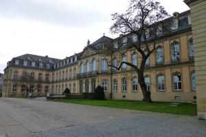 Lateral del Palacio Nuevo de Stuttgart (Neue Schloss), el último palacio barroco de Alemania
