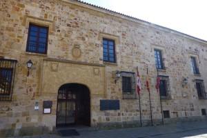 Palacio de los Condes de Alba y Aliste, actual Parador de Turismo de Zamora, edificios civiles de Zamora