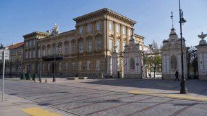 Palacio Uruski y entrada a la Universidad de Varsovia