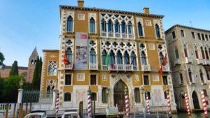 Palazzo Cavalli-Franchetti, uno de los palacios de Venecia más coloridos